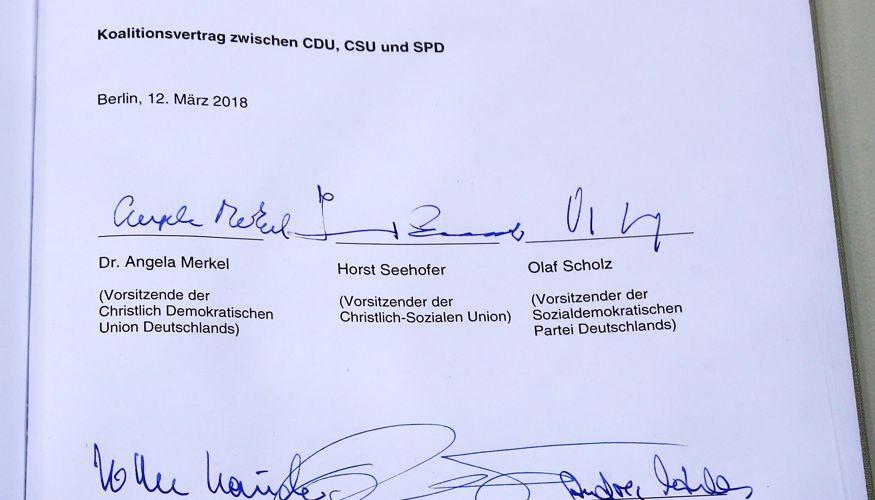 pretty nice b1e0b 12b3d Koalitionsvertrag zwischen CDU, CSU und SPD vom 12. März 2018 mit den  Unterschriften von