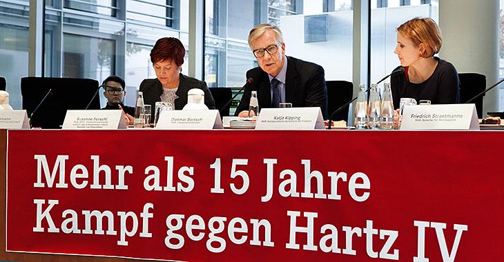 Mehr als 15 Jahre Kampf gegen Hartz IV: Susanne Ferschl, Dietmar Bartsch und Katja Kipping