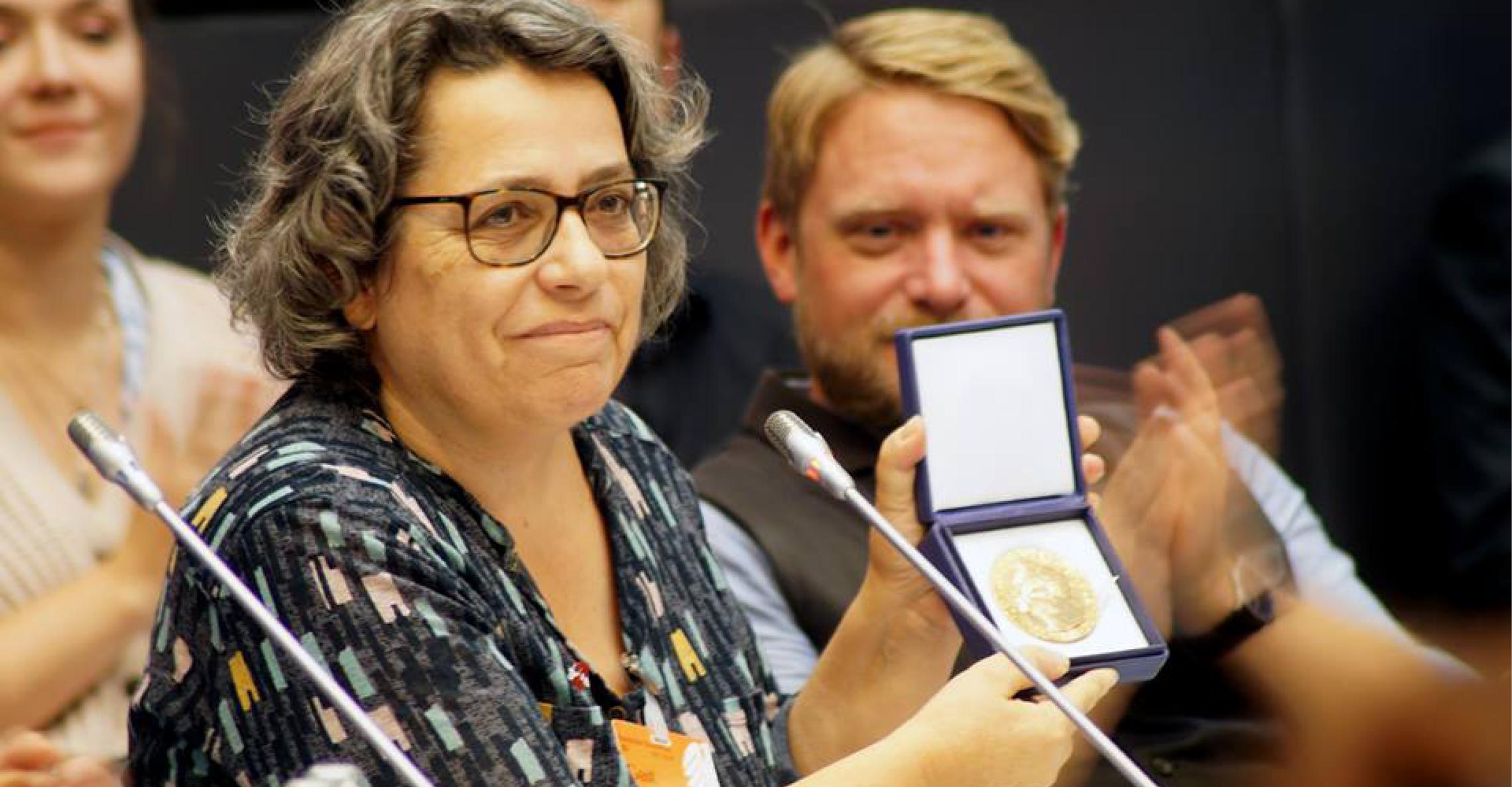 Xanthe Hall von ICAN Deutschland, der internationalen Kampagne zur Abschaffung von Atomwaffen mit Friedensnobelpreis