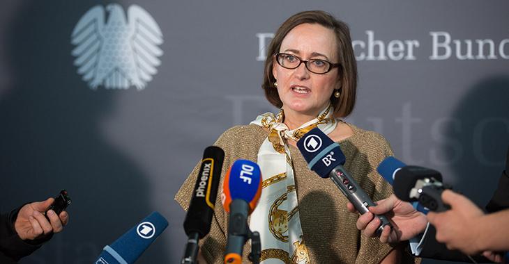 Martina Renner beim Pressestatement zum NSA-Untersuchungsausschuss | Foto: © dpa / Lukas Schulze