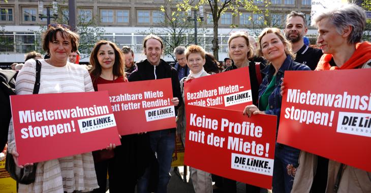 Mitglieder der Linksfraktion am 6. April 2019 in Berlin auf der Demonstration gegen Mietenwahnsinn © Olaf Krostiz