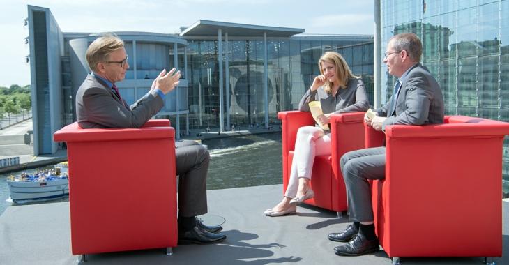 Dietmar Bartsch am 9. Juli 2017 im ARD-Sommerinterview © Soeren Stache/dpa