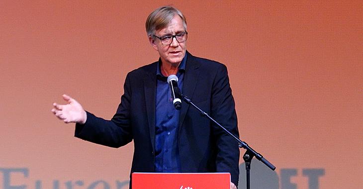 Dietmar Bartsch spricht am 15. Januar 2017 im Berliner Kino Kosmos beim gemeinsamen Jahresauftakt von Europäischer Linken und der Fraktion DIE LINKE. im Bundestag