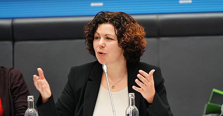 Amira Mohamed Ali beim Forum Aktionsplan Klimagerechtigkeit