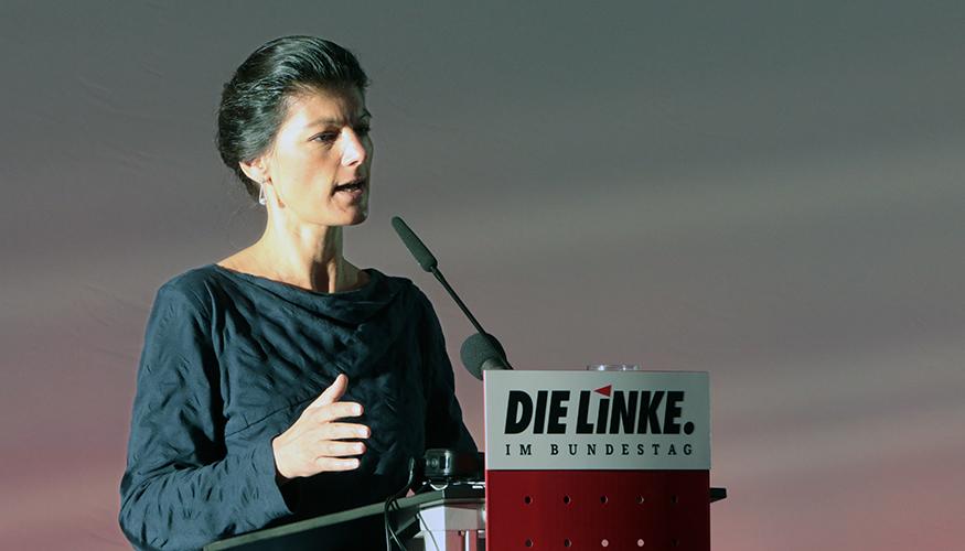 Sahra Wagenknecht am Rednerpult bei der Türkei-Konferenz der Fraktion DIE LINKE am 27.03.2017