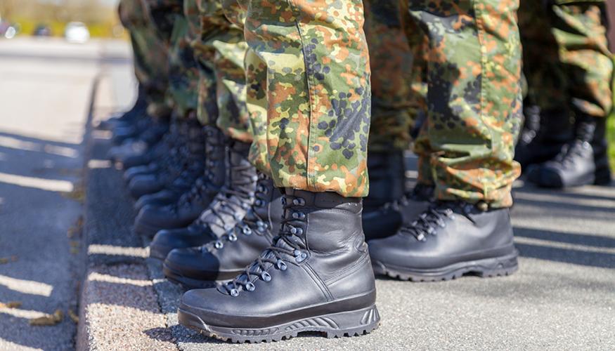 Bundeswehr Soldaten Foto: iStock/huettenhoelscher