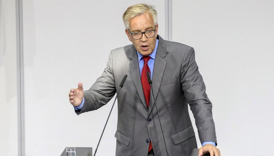 Dietmar Bartsch spricht während der Sondersitzung des Bundestages am 24. Juli 2019 © dpa/Wolfgang Kumm